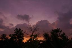 Kein Photoshop - echter, kitschiger Sonnenuntergang vor unserem Balkon